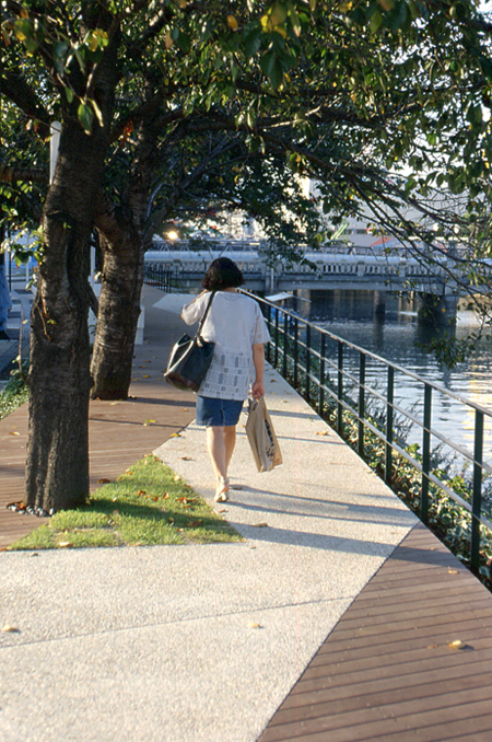16_hiroshima_enko_river_cherry_lined_riverside_walk_01