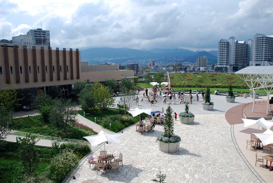 09_nishinomiya_gardens_01